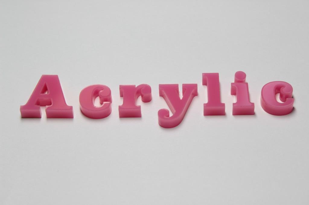 アクリル切り文字ピンク