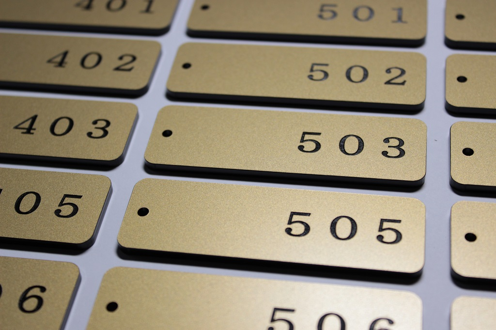 アクリル部屋番号