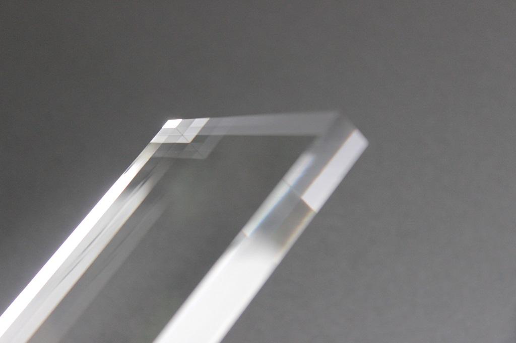 アクリル板透明カット