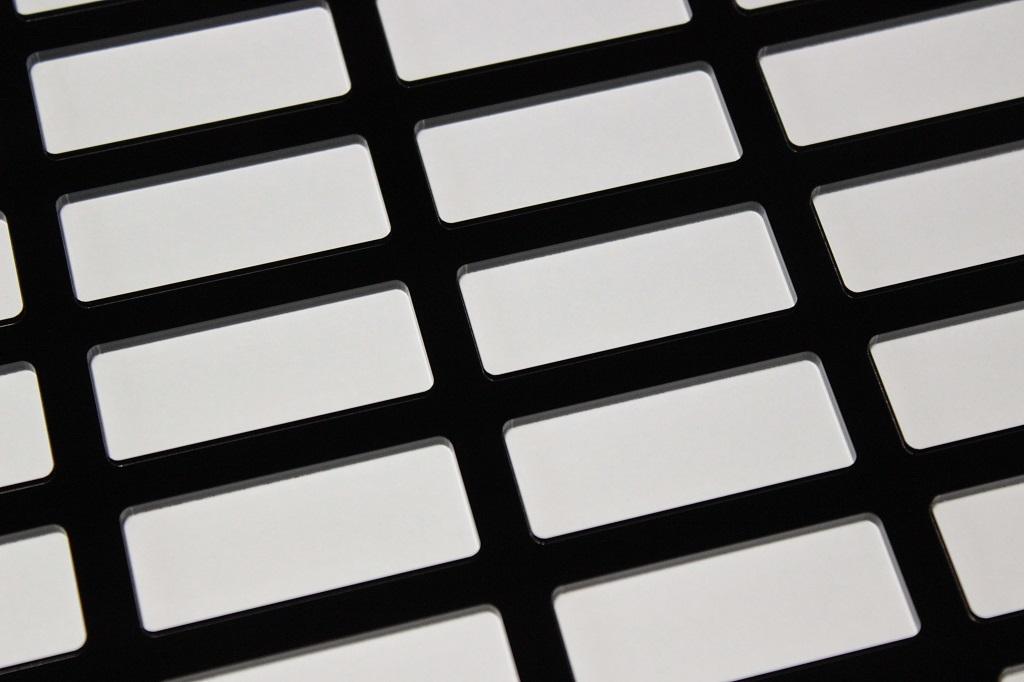 アクリル樹脂レーザー加工